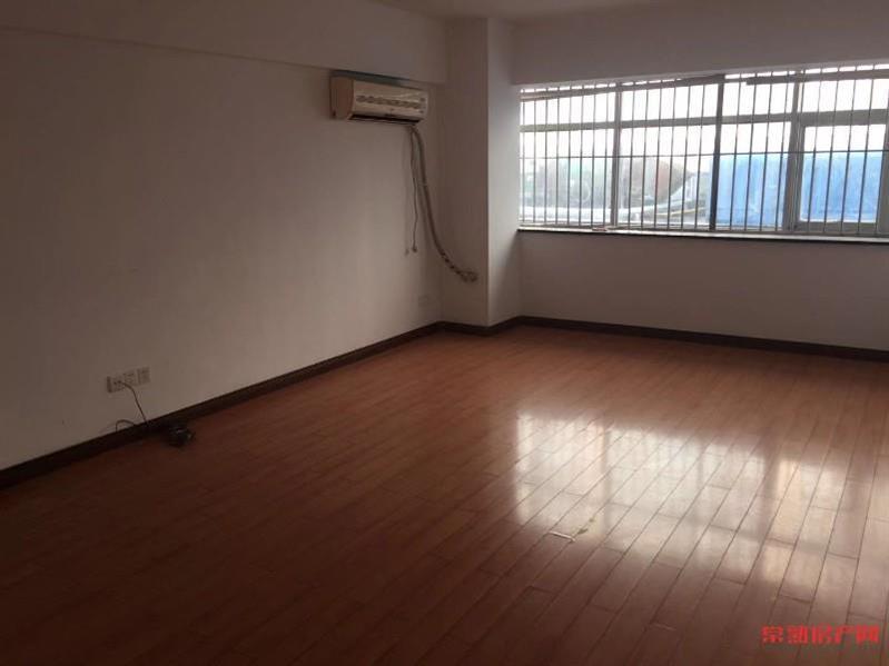 新天地公寓5楼出售