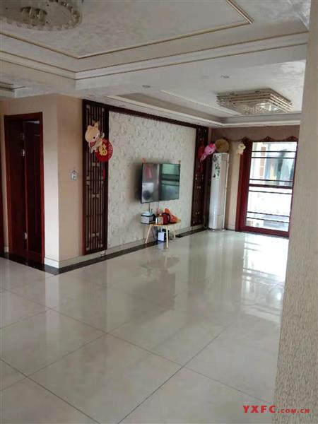 苏宁3楼125平米,三室二厅卫,高端装修,售246.8万