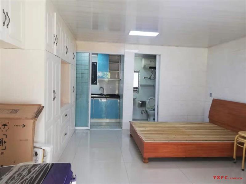 红星花园,南区,33平,高档装修,空调,床,洗衣机,冰箱,650月,一口价600