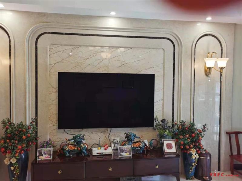 东方明珠,小高层,中层,140平,去年全新高档装修了100多万,3室2厅2卫,2
