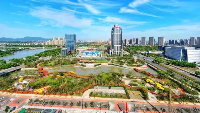 【融入国际化 打造中心城】以国际思维缔造品质之城